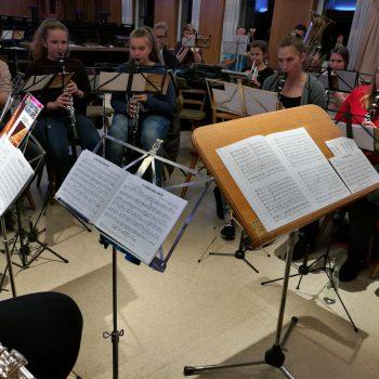 Das Jugendorchester probt für das Nikolauskonzert bei music meets metabolon