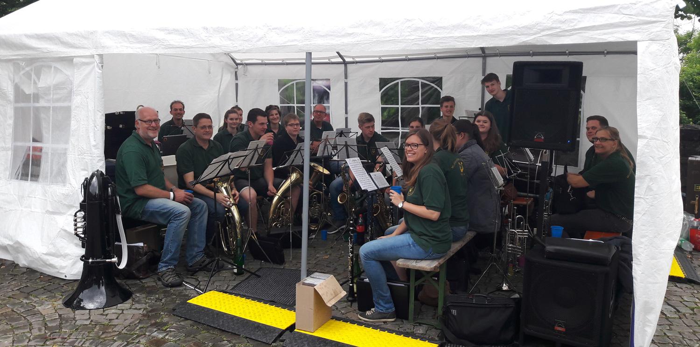 Egerländer Musik auf dem Hückeswagener Weinfest