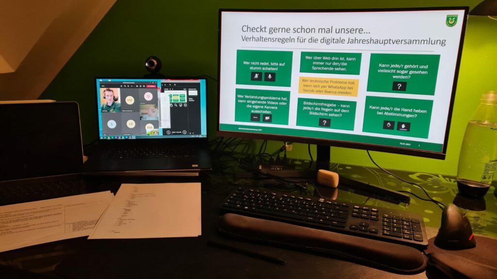 Zu Beginn der Sitzung bekamen die Teilnehmer:innen eine Einweisung in Microsoft Teams und die Verhaltensregeln während der Versammlung.